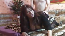 Davalka näytti hänelle peniksen. fr3e porno